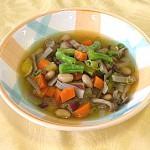大豆と野菜のヘルシースープ